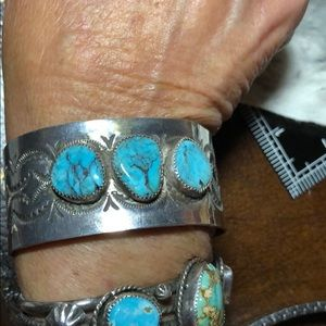 Vintage SS/turquoise Native American cuff